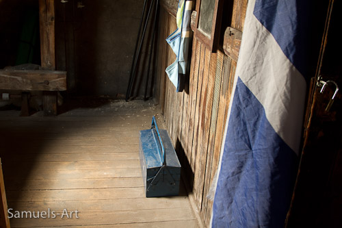 Workshop floor space and Scottish flag of course!