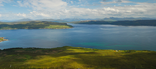 Isle of Skye, take a left up the hill on the B8083 on the way to Elgol (PC0 PA1)